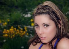 La Mirada! (Fernando Farfan.ca) Tags: she flowers girl beauty mujer eyes women photoshoot ottawa mulher her summertime intensity canteke2