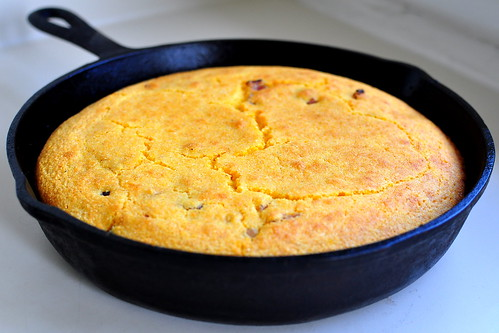 OLD FASHION CORNBREAD