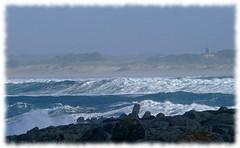Saint Gunol and Tronon (zogt2000 (No Video)) Tags: sea mer bretagne vagues finistre saintgunol chapelledetronon