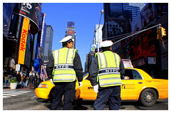 Great Memories (The Stig 2009) Tags: new york city ny yellow canon square eos traffic o manhattan cab taxi police nypd tony times directing sq 2009 stig policemen thestig tonyo backtheblue 1000d thestig2009