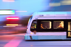 Phoenix Light Rail Intersection! (gbrummett) Tags: action lightrail panning phoenixarizona phoenixlightrail canonef100400mmf4556lisusmlens canoneos5dmarkiicamera grantbrummett