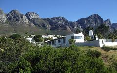 Twelve Apostles, Table Mountain, Cape Town ((^_~) [MARK'N MARKUS] (~_^)) Tags: capetown twelveapostles tablemountain