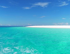 Zanzibar Mnemba island (Z Eduardo...) Tags: africa blue sea sky beach nature water island sand paradise zanzibar indic mnemba artofimages flickraward platinumpeaceaward bestcapturesaoi bestofmywinners elitegalleryaoi flickraward5