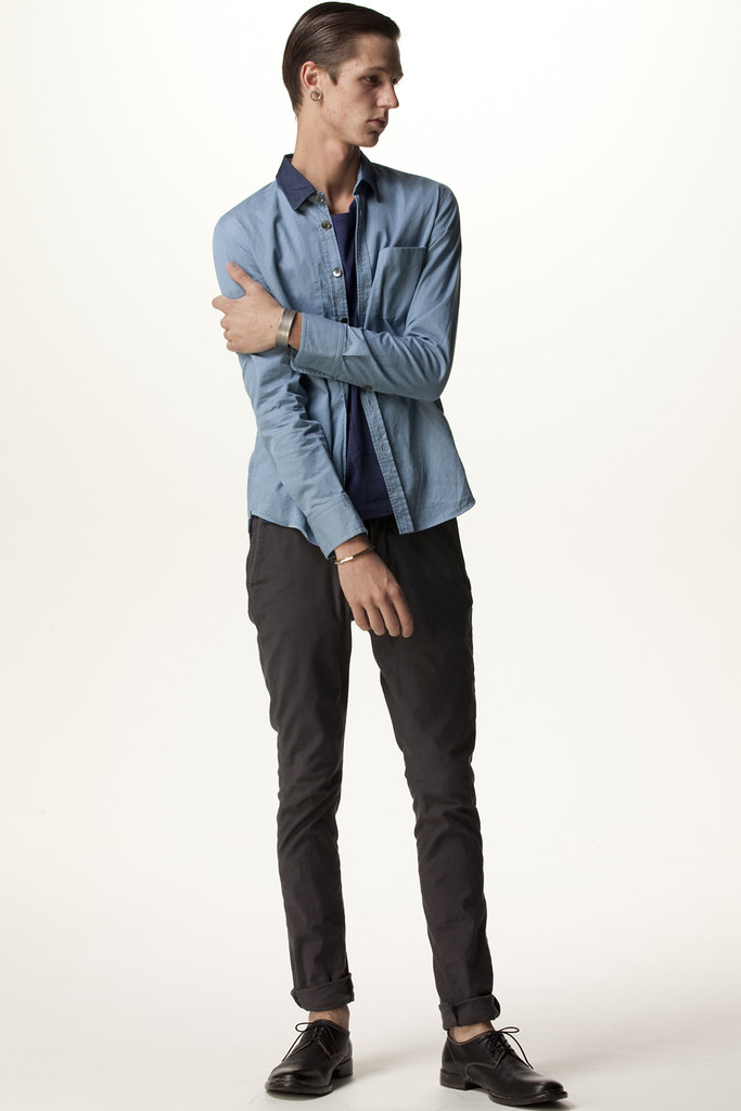 FACTOTUM HOMME 2011 SS 007_Tommy Cox