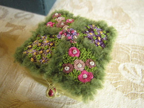 Birmingham Embroiderers Guild May 2011 Little Boxes (13)