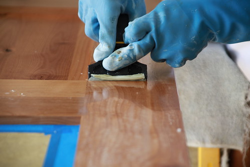 Removing Varnish on wood door by saigon oi!