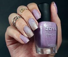Stevie - Zoya (Fer Valquiria) Tags: unhas esmaltes nails nailart nailpolish polish polishnails opi zoya sand texture texturizado degradê ombrénails ombre esponjado