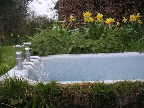 small-outdoor-bath-rupe2