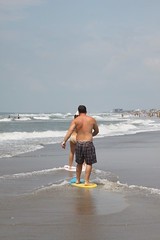 IMG_9886 (gashomo) Tags: beach skimboard oceanana