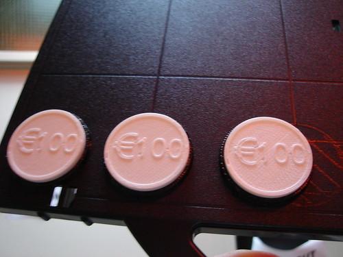 Fake plastic coins / tokens / consumptiemunt