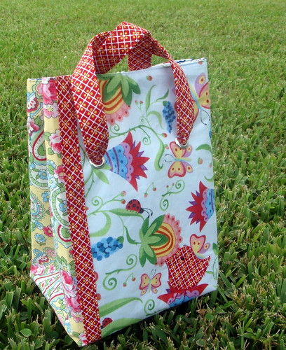 front of bird lunch bag, with top up