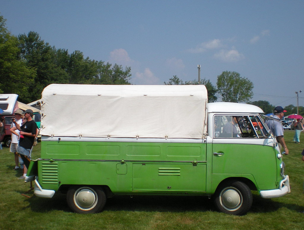 Volkswagen Pickup With Canopy