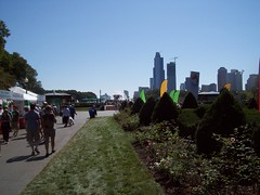 Chicago Celtic Fest 2009 (El_Sol) Tags: flowers irish downtown dancers lakeshore publicart fest kilts cloudgate buckinghamfountain lakefront scottland celticfest storytellers chicago2009