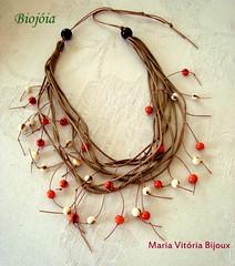 001 Biojia Colar (Maria Vitria Bijoux) Tags: natural bijoux bijuteria colar biojoias biojias brasilbiojiasbiojoiasbiojiabiojoiacolarbijuteriabijouteriabijouxsementesbiocapimdouradoaachifreacessriofeminino