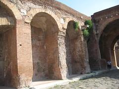 IMG_0233 (Tom Floyd) Tags: rome mall italian ancient roman trajan romans gladiators romeitaly trajansmarket italy rome romangladiators romeshopping romesights ancientrome
