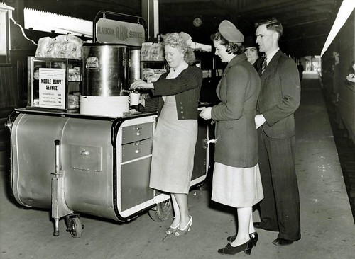 Cafe on wheels, 1948
