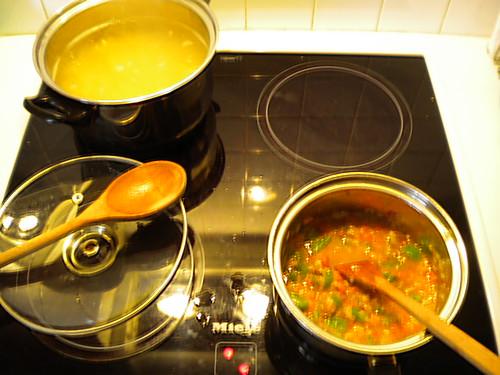 Μακαρόνια με μανιτάρια και πιπεριά