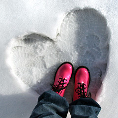 ready to jump into the new year... (janoid) Tags: pink heart boots snowboots snowheart enjoyyourweekend xo4u travelsofhomerodyssey