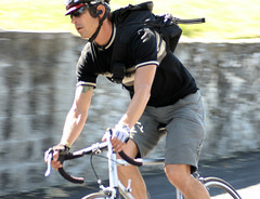 Rick of Clutch Couriers (Richard Masoner / Cyclelicious) Tags: santacruz bike bicycle cycling cyclist commute commuter biker btwd biketoworkday2011