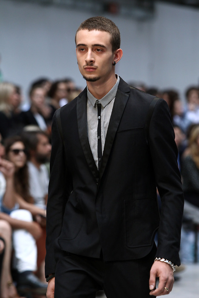 SS12 Milan Costume National Homme050(VOGUEcom)