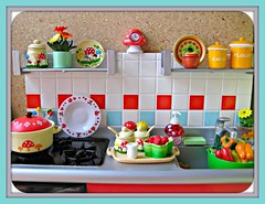 re-ment kitchen mushrooms (Pinks & Needles (used to be Gigi & Big Red)) Tags: cactus silly clock mushroom kitchen cookies vegetables fruit cacti table lunch toys japanese mugs miniatures soap cafe rainbow chair colorful counter dish sink sugar plastic pizza explore kettle polkadots peppers dishes ladybugs rement cocoa flour sponge canister addiction raspberries creamer colander souppot