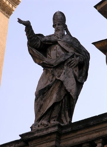 Statue of Pope Innocent II in Santa Maria in Trastevere