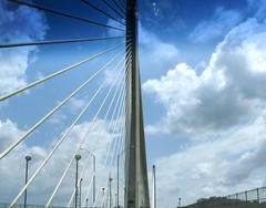 Cruzando el Puente (Reinalasol) Tags: favorite composition flickr favorites fave april faves panama 2009 puentedelasamericas bridgeoftheamericas april2009 panama2009 reinalasol
