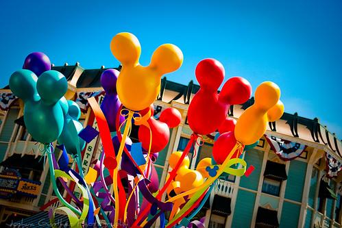 Disneyland Ballons