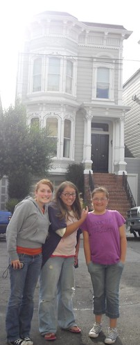 Lauren, Emily && I in front of the Full House house. Last Friday, the Birks and I went to some FH hot spots and then to Amoeba Music. It was a lot of fun. oh and we had in-and-out which is delicious.. as always.