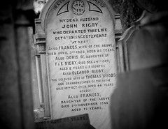 Eleanor Rigby Grave1544 2 (fleeting glimpse2009) Tags: liverpool beatles eleanorrigby paulmcartney