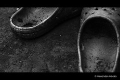 Empty  (Alexander Arvalo) Tags: bw kids shoes child bn elsalvador dirtyshoes boqueron salvadorean