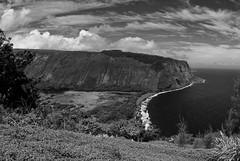 waipio valley (chuchi carmelo) Tags: bw hawaii bigisland waipiovalley hamakuacoast 16mmfisheye
