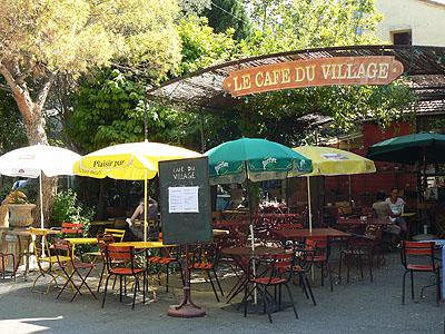 le café du village.jpg