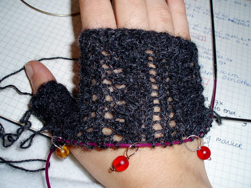 lacy mitts wip