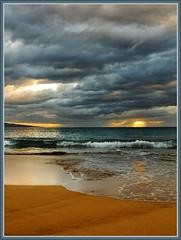The eternal sea (TT_MAC) Tags: sunset beach landscape hawaii twilight maui pacificocean jol blueribbonwinner waileabeach bej seacscape mywinners platinumphoto superaplus aplusphoto isawyoufirst concordians natureselegantshots platinumpeaceaward