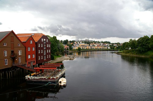 "Trodheim: Nidelva River and Trondheim University • <a style=""font-size:0.8em;"" href=""http://www.flickr.com/photos/26679841@N00/4106802412/"" target=""_blank"">View on Flickr</a>"