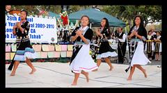 long beach hmong new year 2009 (110) (dan stefani) Tags: food fun zoo colorful pretty newyear her longbeach yang lee tradition 2009 hmong vang moua hmoob nyob danstefani tshab