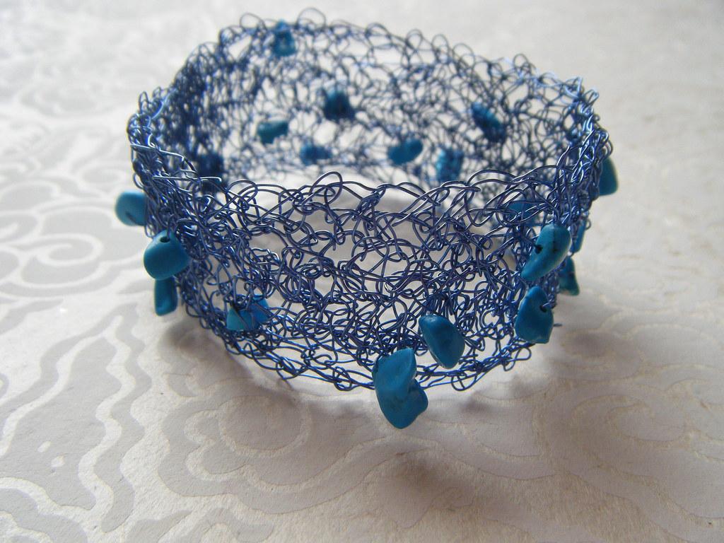 b52e49d6486c Crocheral azul (Julia Rubio) Tags  blue azul wire handmade bijoux bleu  bracelet mineral