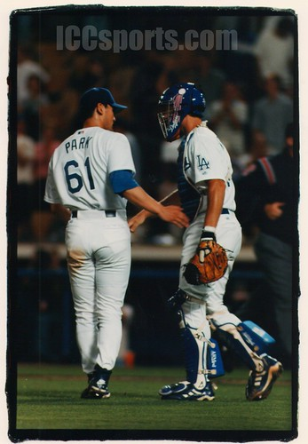 Chan Ho Park and Chad Kreuter (2000)