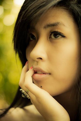 [フリー画像] 人物, 女性, アジア女性, アメリカ人, 201106070900