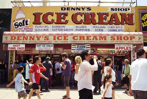 Denny's Ice Cream Shop