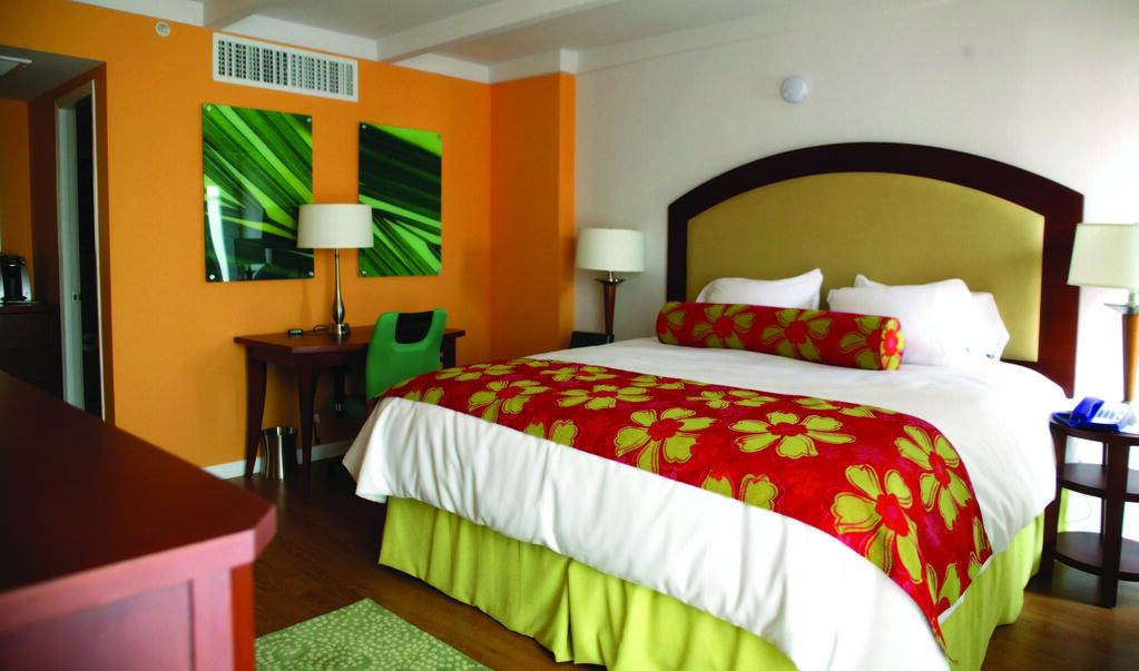 Hotel Indigo St. Louis Central West End suite