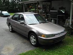 92 Honda Accord EX (autoshark77) Tags: ex car speed honda accord 22 high pennsylvania 5 pa stick 1992 mileage cheap 92 nazareth reliable efficient