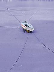 0126-Barca de quntuple amarre (Eduardo Arias Rbanos) Tags: sex composition nikon barca sexo galicia galiza d100 fishingboat ares composicin eduardoarias eduardoariasrbanos