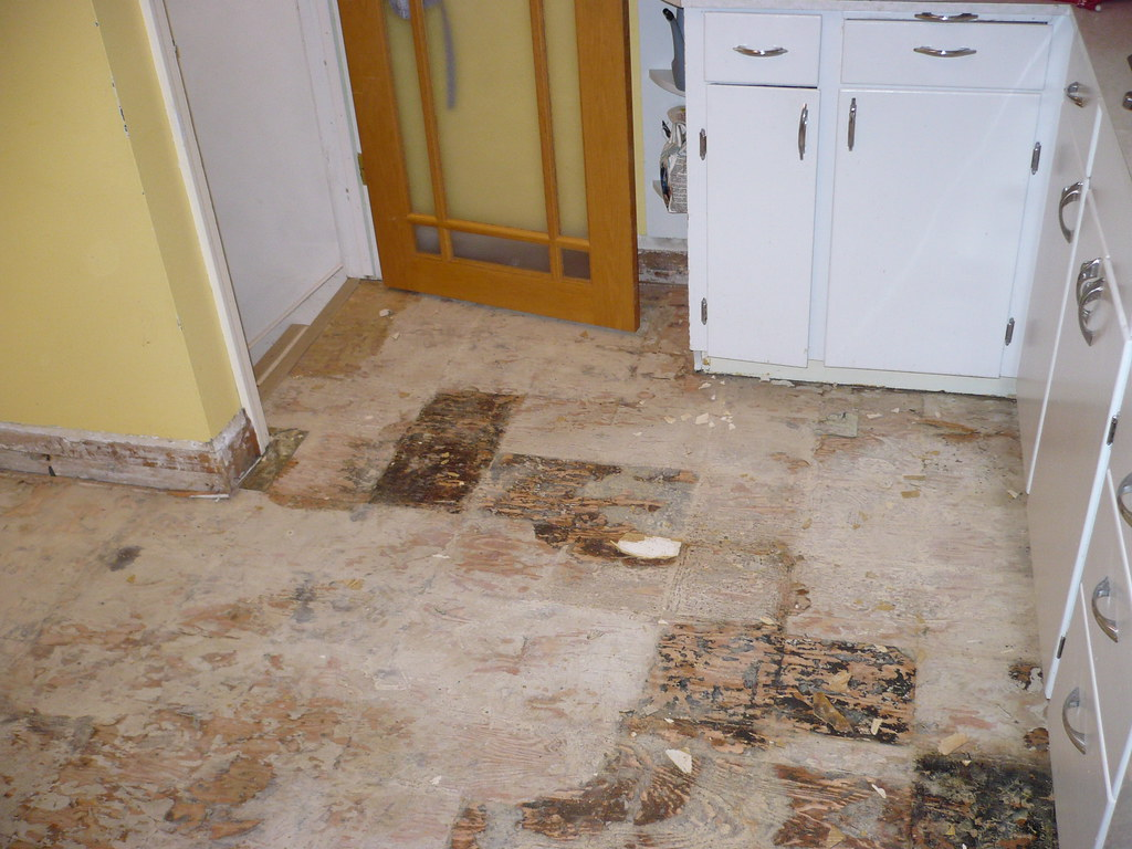 kitchen floor -removal