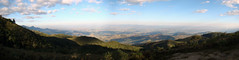 Pico do Itapeva (Rodrigo_Soldon) Tags: brazil panorama naturaleza nature brasil de landscape geotagged photography landscapes do place postcard natureza natur natura paisaje panoramic paisagem vale explore dos sp cesar pico land postal paulo fotografia cruzeiro scape paysage landschaft cachoeira pedra so jos aparecida lorena campos piquete paesaggio taubat paulista landschap melo jordo carto panormica chata eugnio paraba  pindamonhangaba roseira itapeva  caapava moreira guar    panoramabild  aard  municpio   trememb  potim medalhadebronze