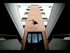 (Libano*) Tags: color florence jump colore freeze firenze salto pause libano parkour overcome