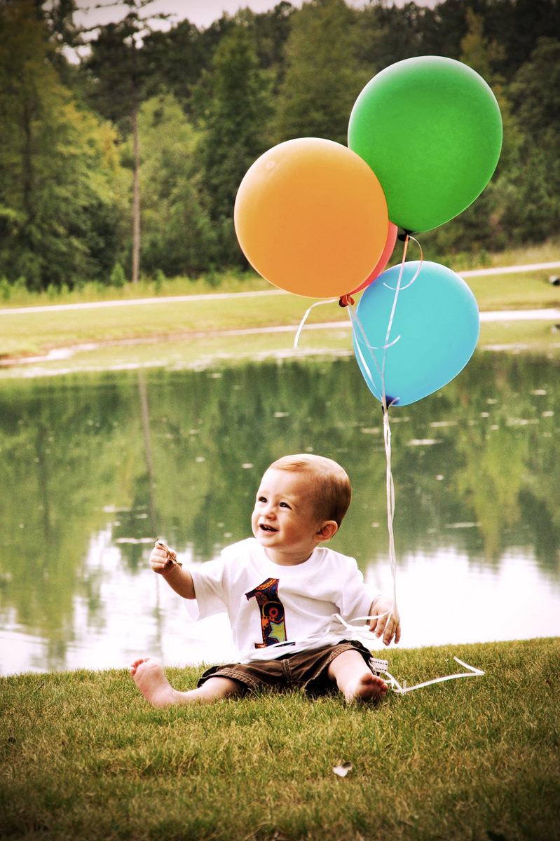 Eli and his Balloons