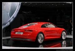 2009 Audi e-tron Concept Car (05)