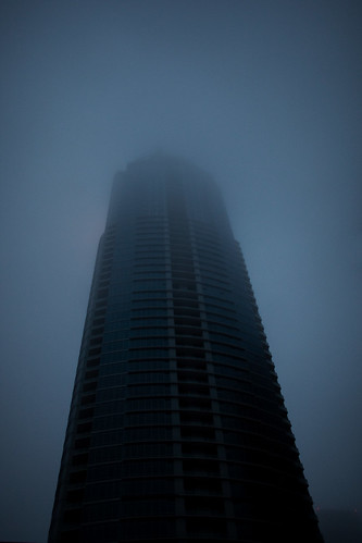 the austonian under construction in the fog